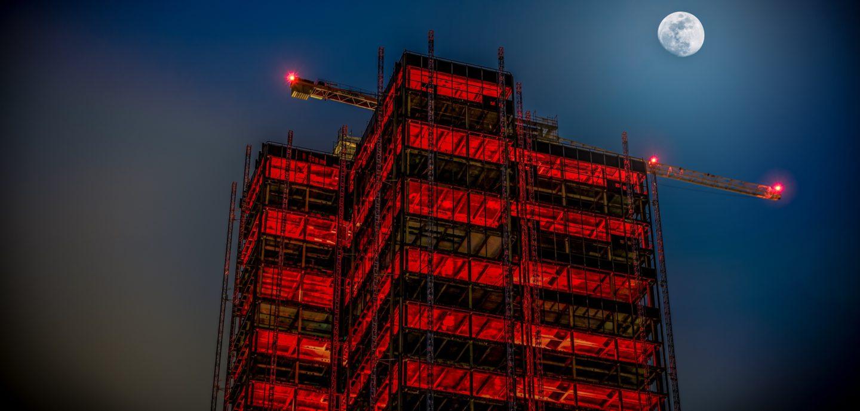 Baustelle im Mondschein