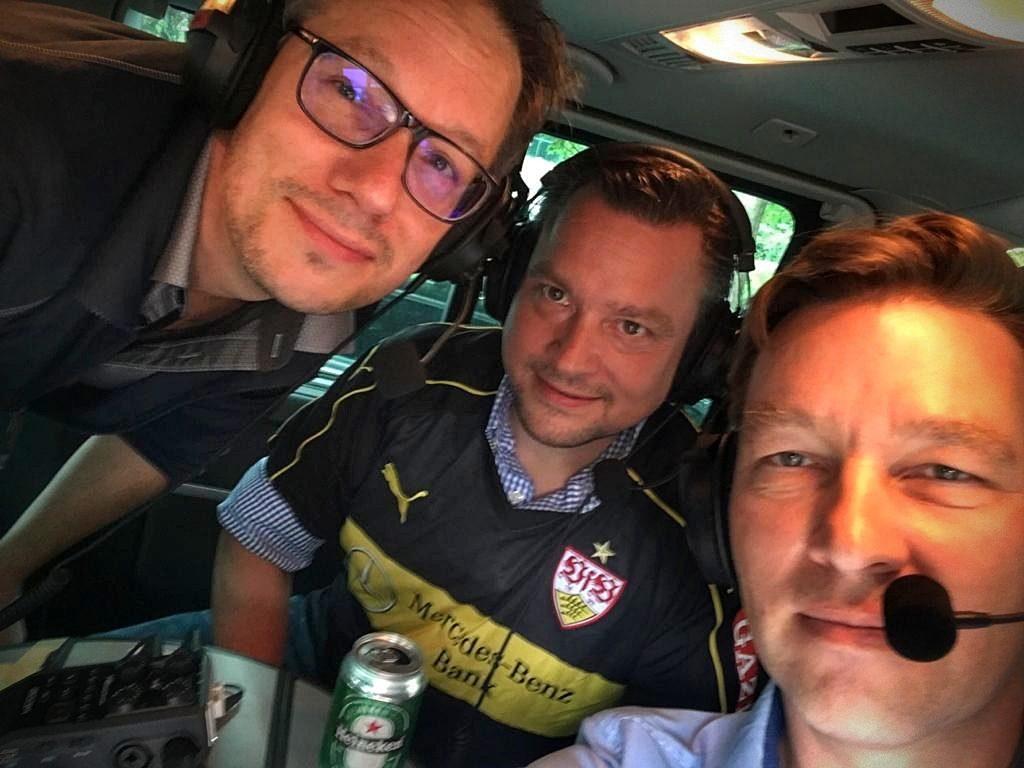 Die drei Sprecher Cartwright, Ballermann, Müller im Podcast Bus