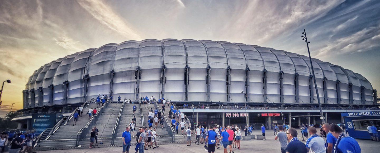 Stadion von Lech Posen bei Dämmerung