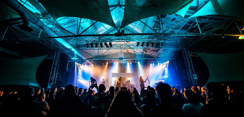 Konzert in der Essigfabrik, Köln-Deutz (Symbolfoto), Markus Felix / PushingPixels. Lizensiert unter Creative Commons, CC BY-SA 3.0 (Quelle: Wikipedia.de).