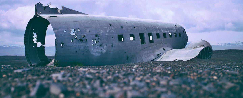 Wrack Flugzeug Trailerpark News Slider (Foto: Sven Tillack / Unsplash)