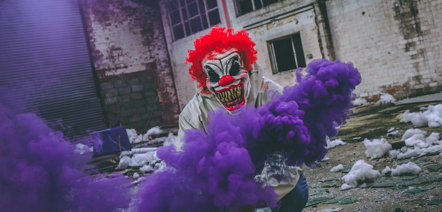 Joker Purple Smoke (Tom Roberts / Unsplash)