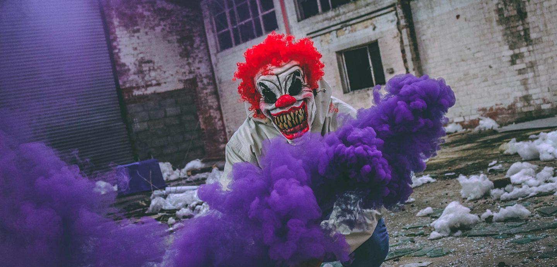 Joker Purple Smoke (Tom Roberts / Unsplash)